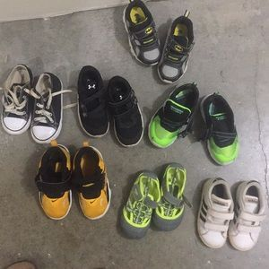 Lots of boys shoes age 4-5